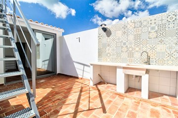 Lovely Renovated 2 bed Home in the Heart of Olhao