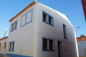 Villa T2 with T1 Annex Situated in Costa Vicentina
