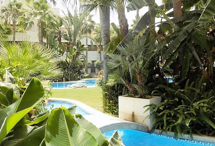 FUENTE ALOHA - Modern and luxurious three bedroom apartment near Puerto Banus