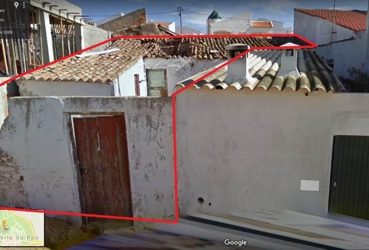 Ruine près de Toutes les Services à Vila do Bispo