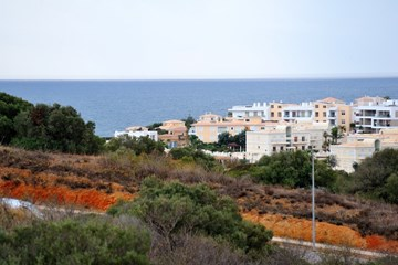 Apartment T3+1 Bedrooms only 10 minutes from Porto de Mós