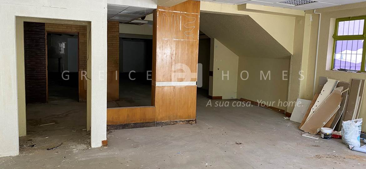 SHOP FOR RENT IN THE CENTRE OF QUARTEIRA - Greice Homes