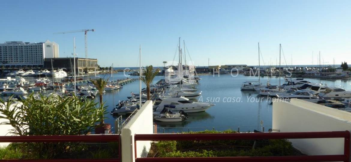 FOR SALE 1 BEDROOM APARTMENT AT THE MARINA OF VILAMOURA - Greice Homes