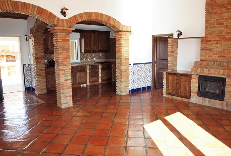 Villa for sale Sao Bras de Alportel Lounge Fireplace