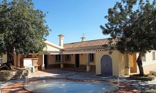 Traditionele stijl landhuis