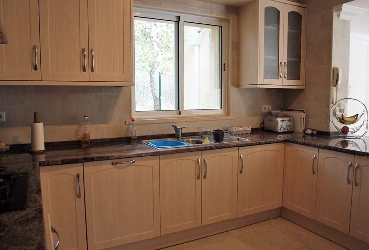 Villa for Sale Traditional Sao Bras de Alportel Kitchen