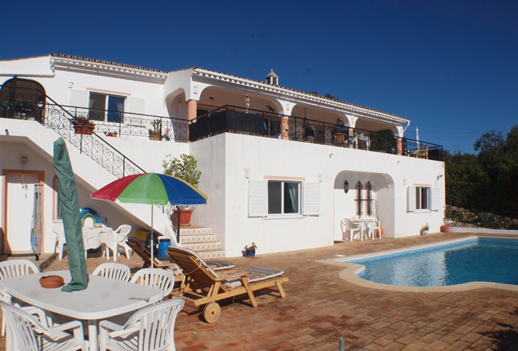 Villa for Sale Sao Bras de Alportel Swimming Pool Terrace