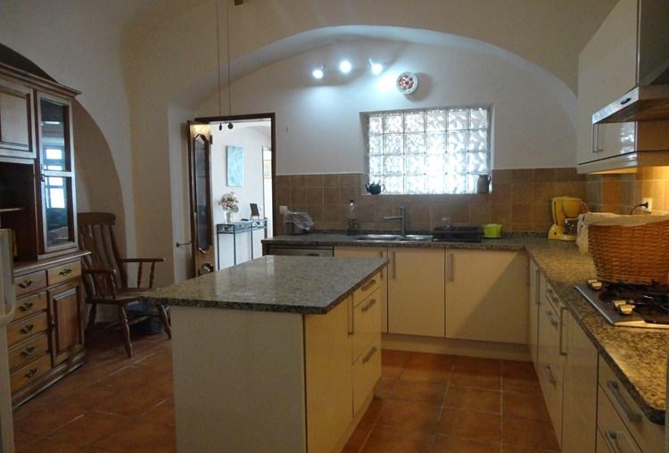 Townhouse for Sale Sao Bras de Alportel Kitchen