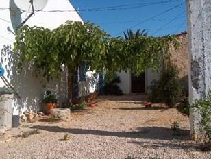 Landhaus-Villa mit 3 Schlafzimmern