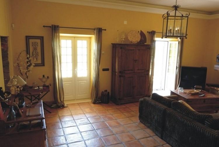Traditional Villa for Sale Sao Bras de Alportel Lounge