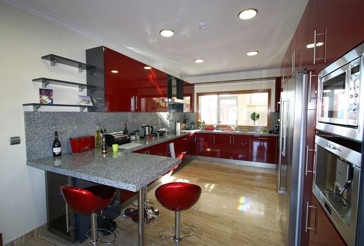 Villa for Sale Sao Bras de Alportel Modern Kitchen