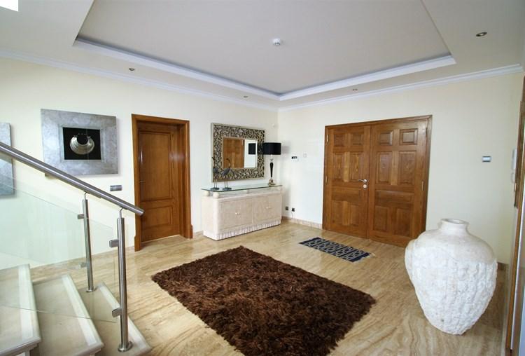 Villa For Sale Sao Bras de Alportel Modern Hallway Stairs