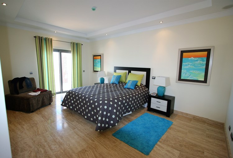 Villa for Sale Sao Bras de Alportel Modern Bedroom