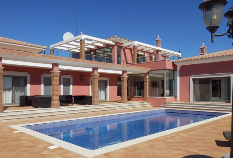 Villa for Sale Sao Bras de Alportel Modern Basement Garage Views