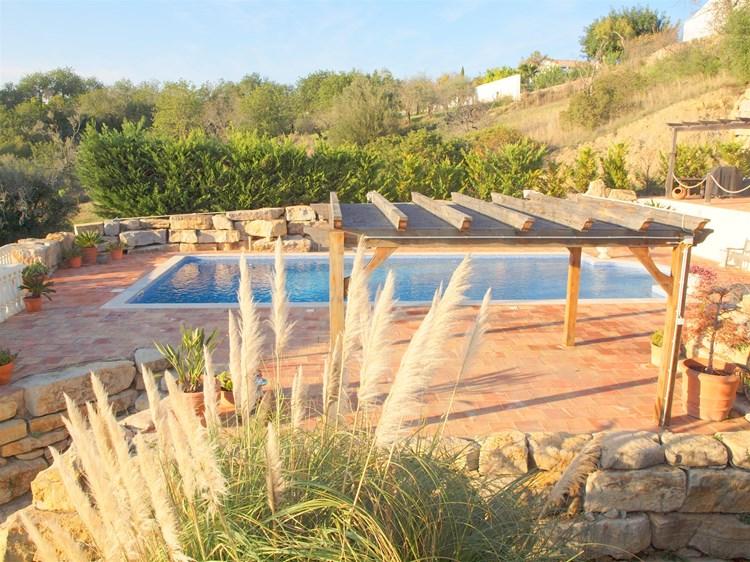 Modern Villa with Wonderful Views
