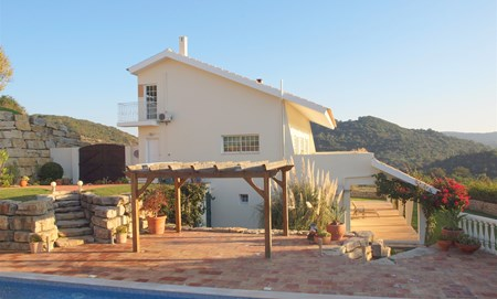 Moderne Villa met prachtig uitzicht