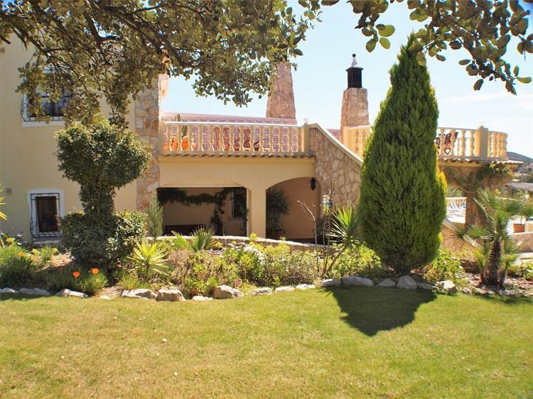 Villa for Sale Santa Barbara de Nexe Gardem Villa