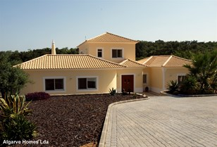 Fabulous Villa with Stunning Sea & Country Views