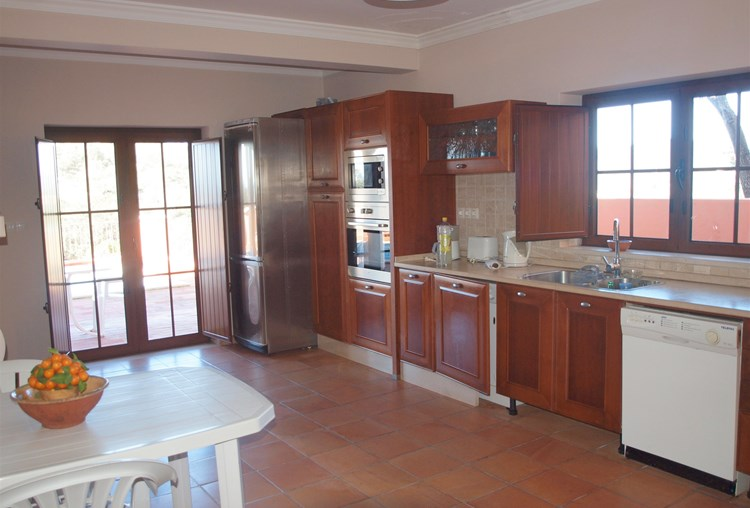 Villa for Sale Sao Bras de Alportel Kitchen