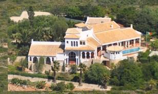 Villa de estilo mourisco, com vista para o mar fabuloso