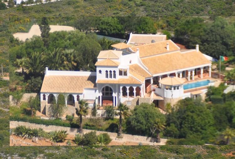 Villa for Sale Santa Barbara de Nexe Gardens Terrace Swimming Pool