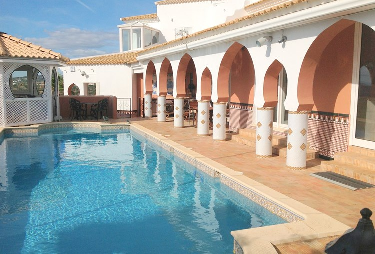 Villa for Sale Santa Barbara de Nexe Swimming Pool Terrace