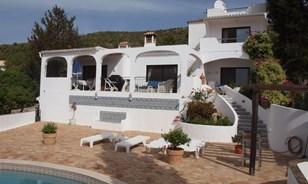 Schöne Villa & Anlage mit Meerblick