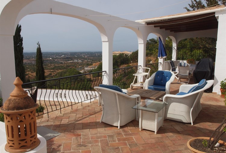 Villa for Sale Santa Barbara de Nexe Terrace