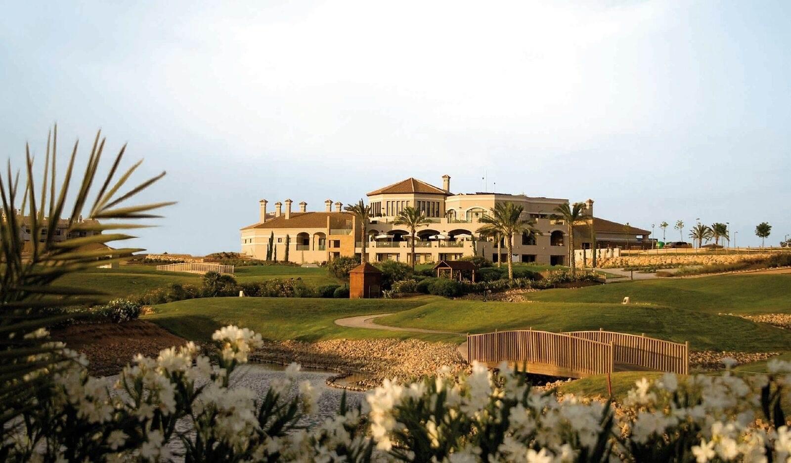 Hacienda Del Alamo Golf Resort