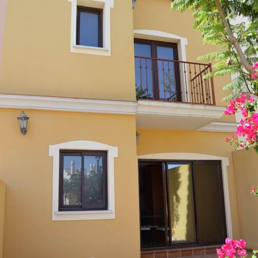 LARGE TOWNHOUSES, HACIENDA DEL ALAMO